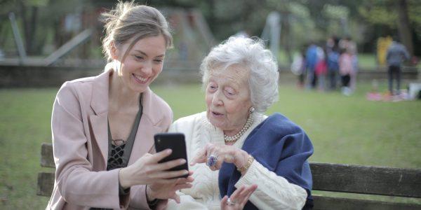 Słuchawki douszne dla seniora